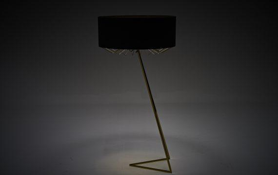 LAMPA VIC